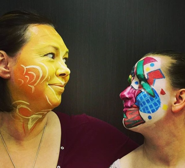 Светлана Кюн и маска